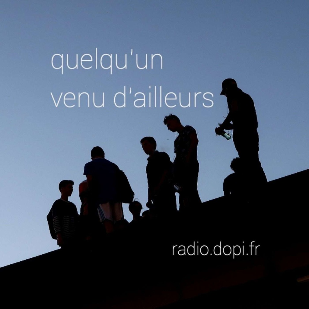 QUELQU'UN VENU D'AILLEURS