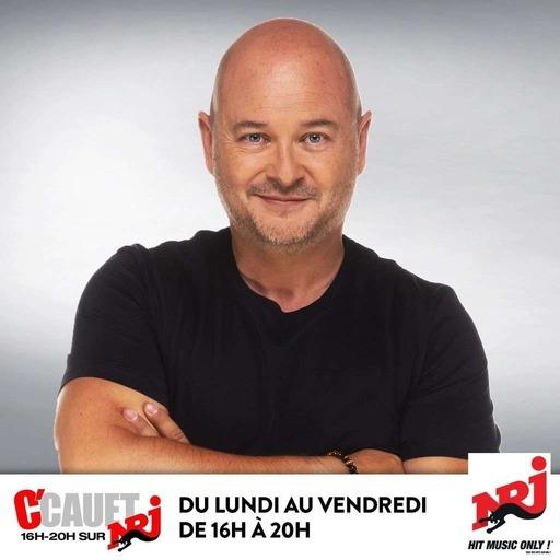 La villa des animateurs du 2 Juin : Jean-Luc Reichmann fatigué du tournage des 12 coups de Midi