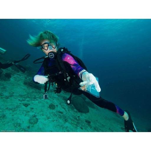 Plongée 02 - Planter du corail avec Sandrine