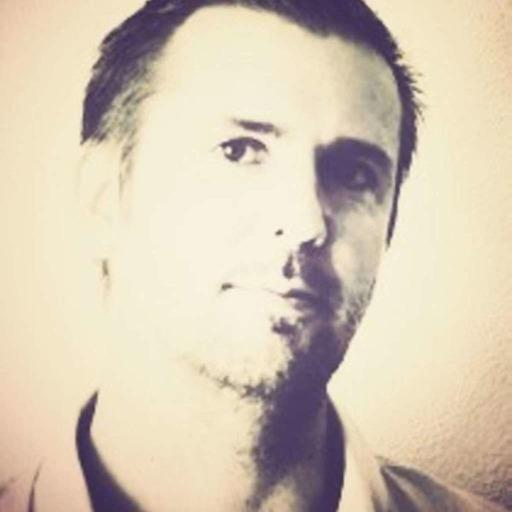 Christian Menez, Directeur Marketing Services pour Sony Music France (MDF86)